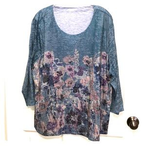 Muted Florals Fully Lined Tee, EUC 2X